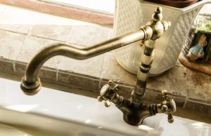 Kingston Kitchen Faucets