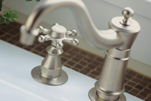 Kohler K-158-3-BN Antique Kitchen Sink Faucet Review