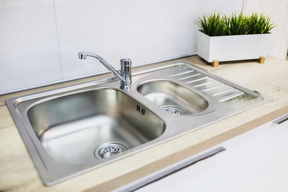 13 Best Kitchen Sinks - [Reviews & Detailed Buying Guide]