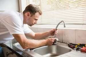 How To Repair A Leaking Kitchen Faucet